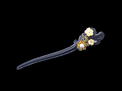 Sandalwood Lotus Hair Pin