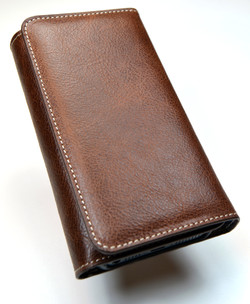 TRIFOLD_WALLET_PERSPECTIVE.jpg