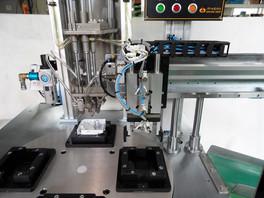 4축자동체결MC-냉장고부품