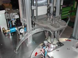 4축자동체결기-GAS VALVE