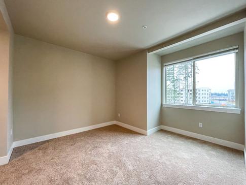 Guest Bedroom in LG 2x2