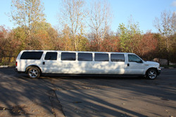 FORD Excursion(20-22 мест).jpg