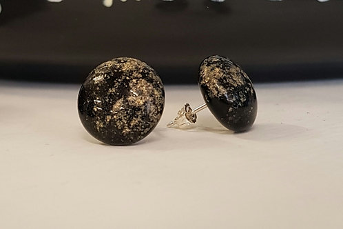 Black gold dust studs med
