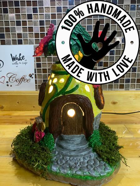 Handmade / Hand-painted Fairy House / Ni