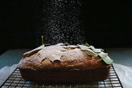 How to make your loaf cake stand out for the holidays