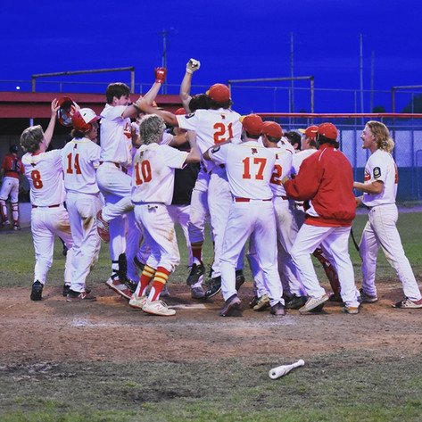 2019 Lakers AA after Randy Stultz's walkoff homerun