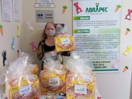 SJBV - ABRAPEC celebrou a Páscoa presenteando pessoas em tratamento do câncer
