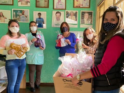 Atibaia - Projeto Aquecendo Corações da eletiva Se Vira nos 18 realiza doação de roupas e agasalhos