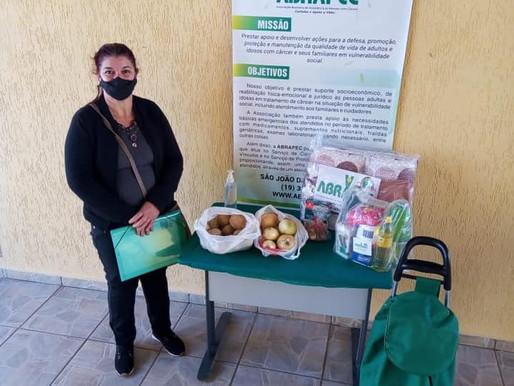 São João da Boa Vista – Pessoas em tratamento do câncer recebem doação de batatas e cebolas