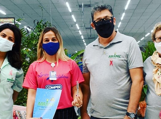 Campo Grande/MS  – Comper Supermercados lançou a Campanha Lenços Solidários.