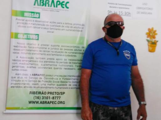 """Ribeirão Preto – """"A ABRAPEC tem ajudado muito no tratamento da minha esposa""""."""