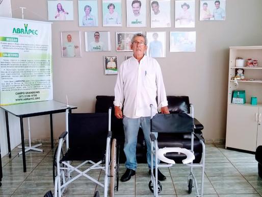 Campo Grande - Colaborador da ABRAPEC realiza doação de equipamentos.