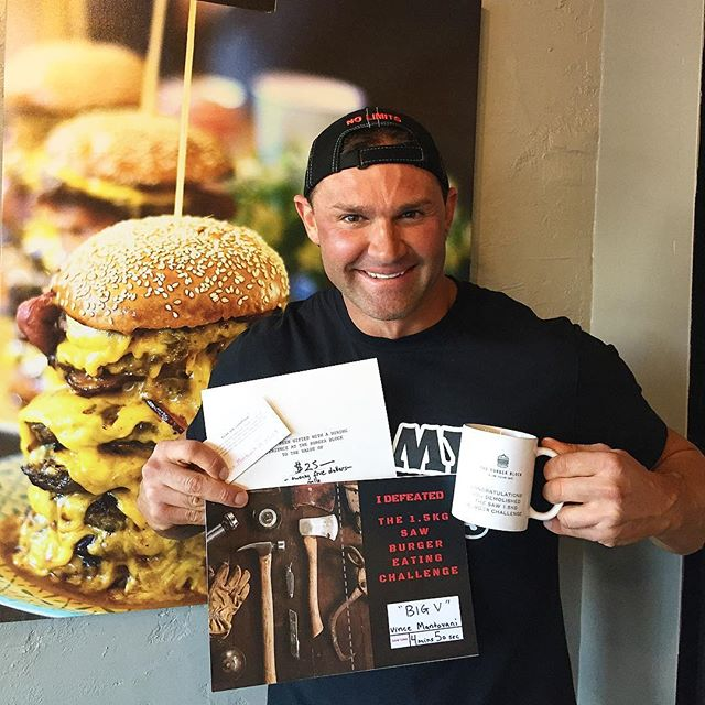 The Saw 🍔 Challenge Champion and his prizes 👏👏👏