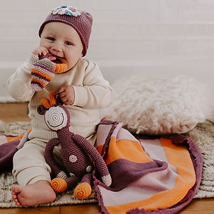 soft-purple-blanket-teether-giraffe-1 -