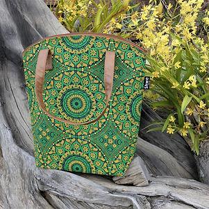 green cooler bag - Handicraft Soul.jpg