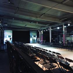 tuolit, screenit, korokkeet ja tekniikka