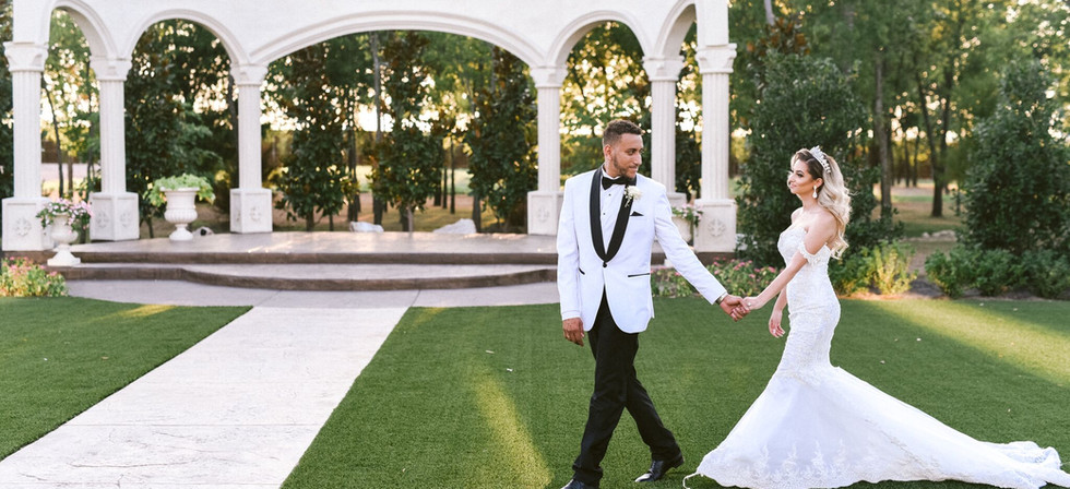 luxury las vegas wedding planner.jpeg