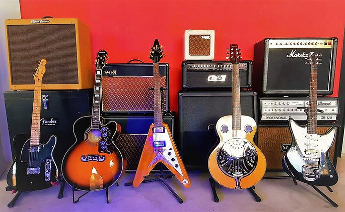 violas amps.jpg