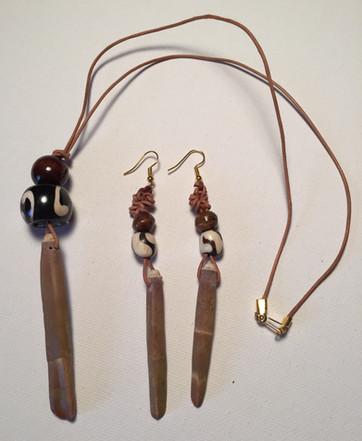 Afia Necklace Set $20