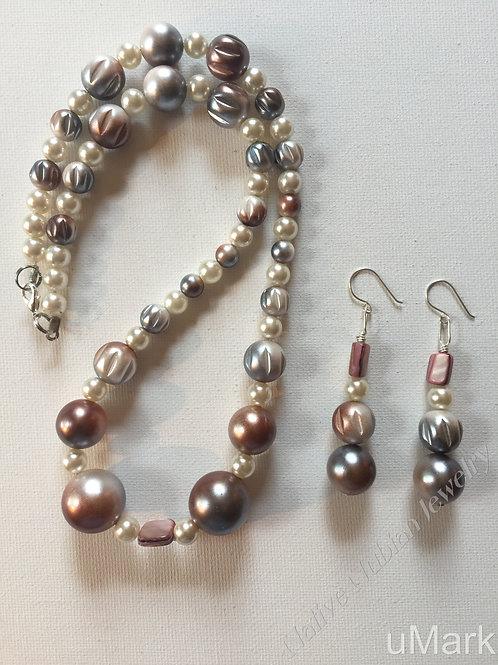 Adaobi- Necklace Set