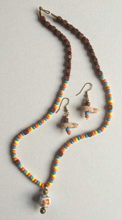 Ada Ora necklace Set $25