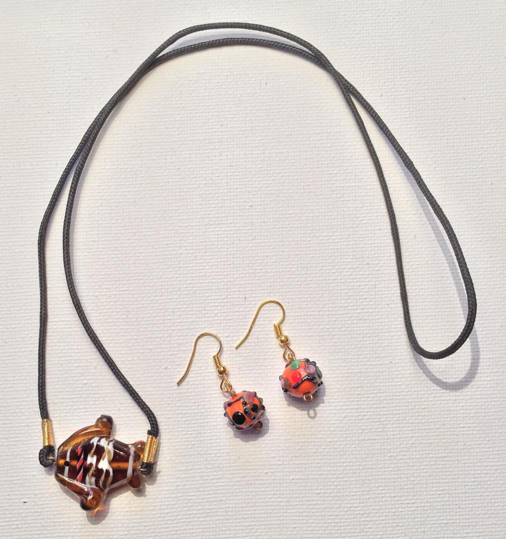 Wunmi Necklace Set $20