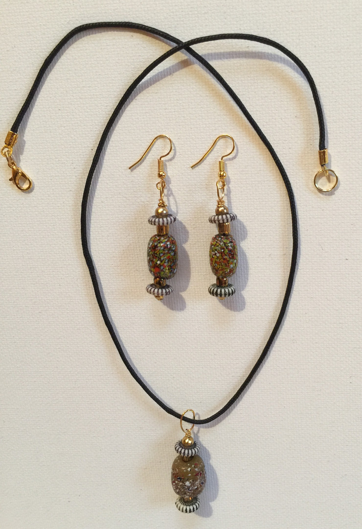 Mphatso Necklace Set $25