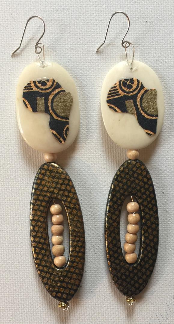 Kalauni Earrings $23