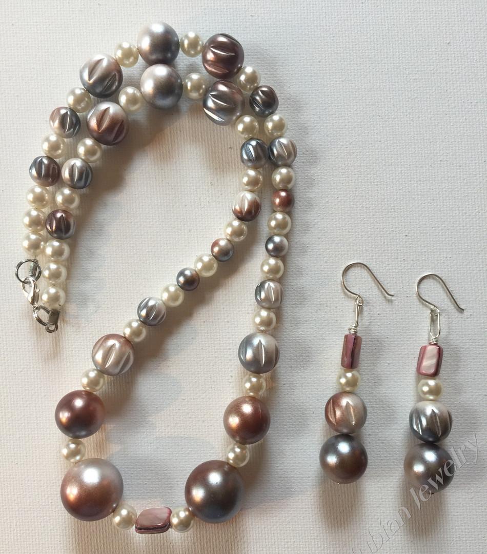 Adaobi Necklace Set $25