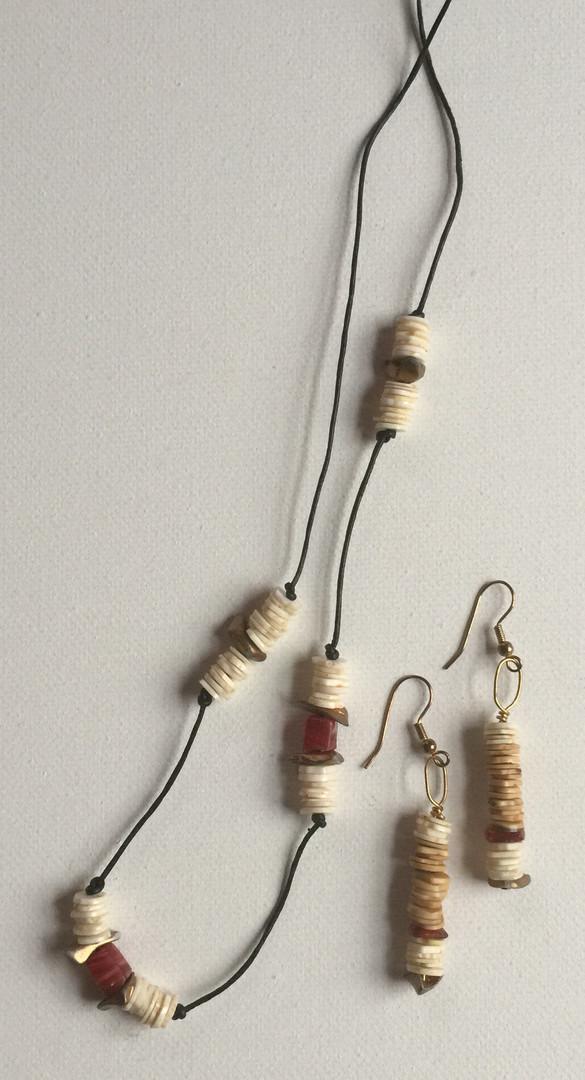 Eri Necklace Set $25