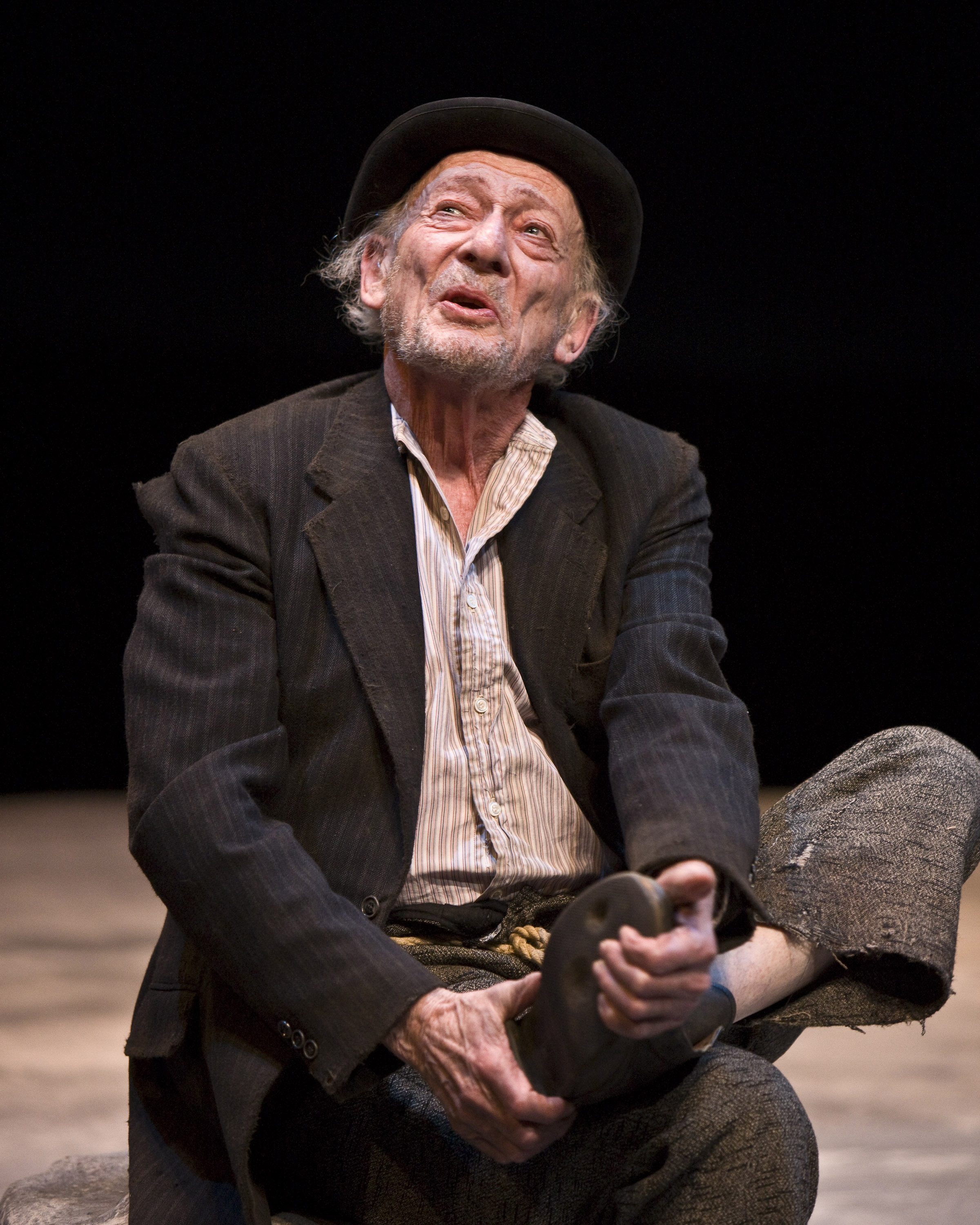 Waiting-for-Godot-los angeles theater.jp