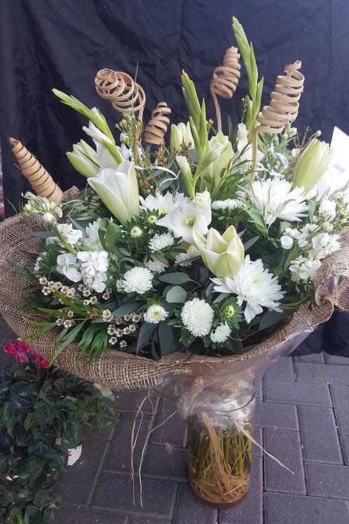 זר פרחים מס' 12
