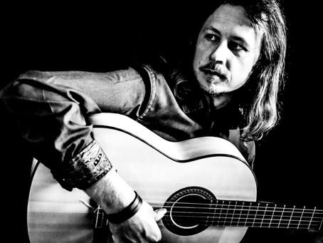 Aria Nominated flamenco guitarist Damian Wright championed by award winning critic