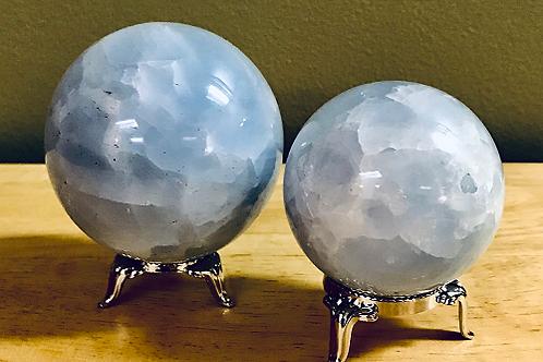 Calcite, Blue - Spheres