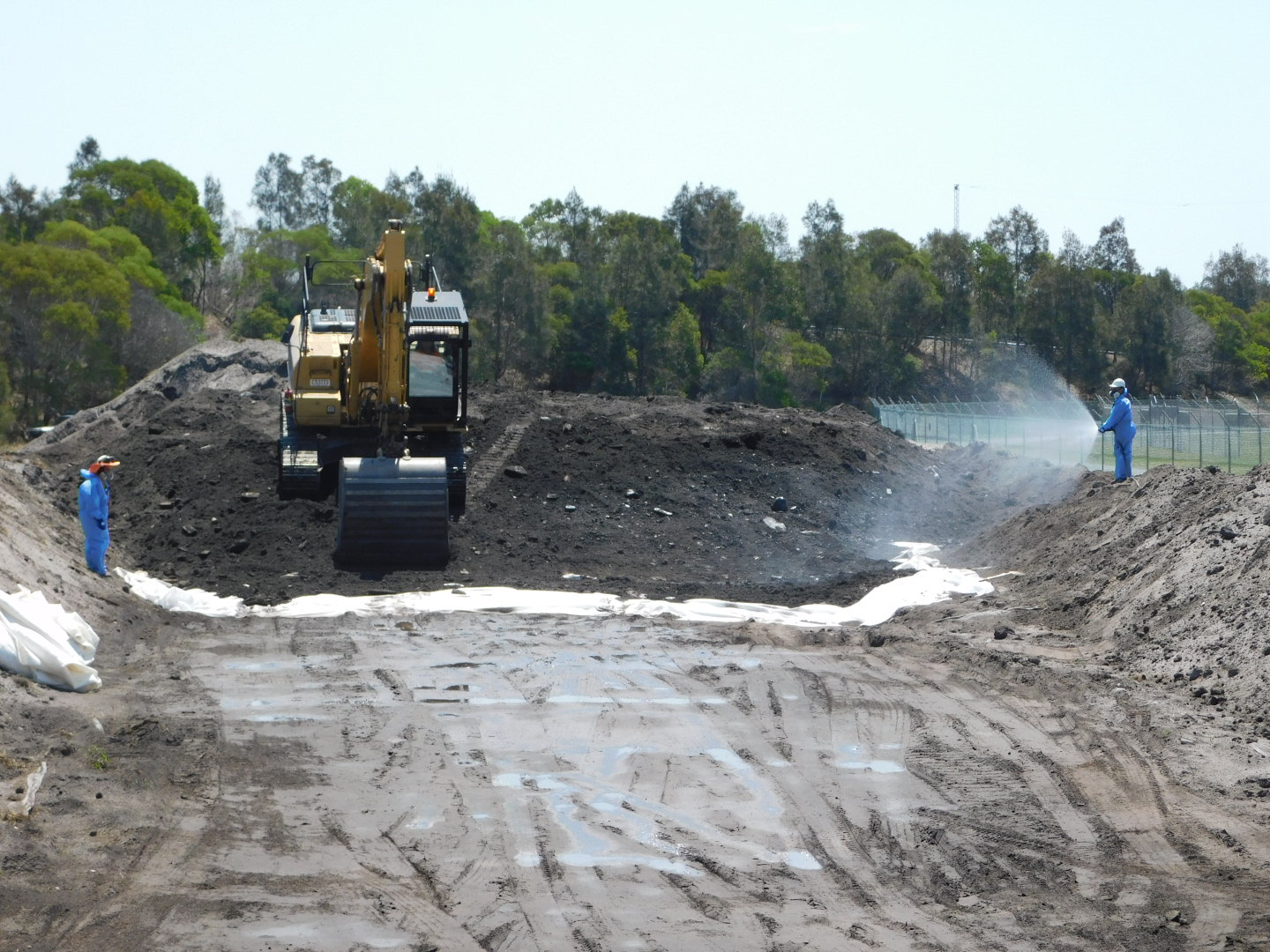 66c452 b5352cbc194a4c6bb6953ace21272480~mv2 - Case study 23000 cubic meters asbestos impacted soil removal .