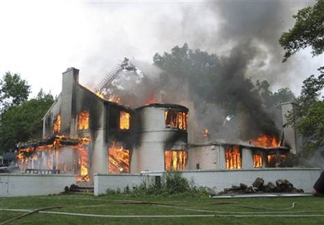 66c452 ba248b9242b44e1896a96c459b390ee6~mv2 - Asbestos and house fires what you need to know.