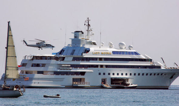 66c452 bc01493c5f7c4c899387c42261ceb6b2~mv2 - Super Yachts and Asbestos What You Need To Know