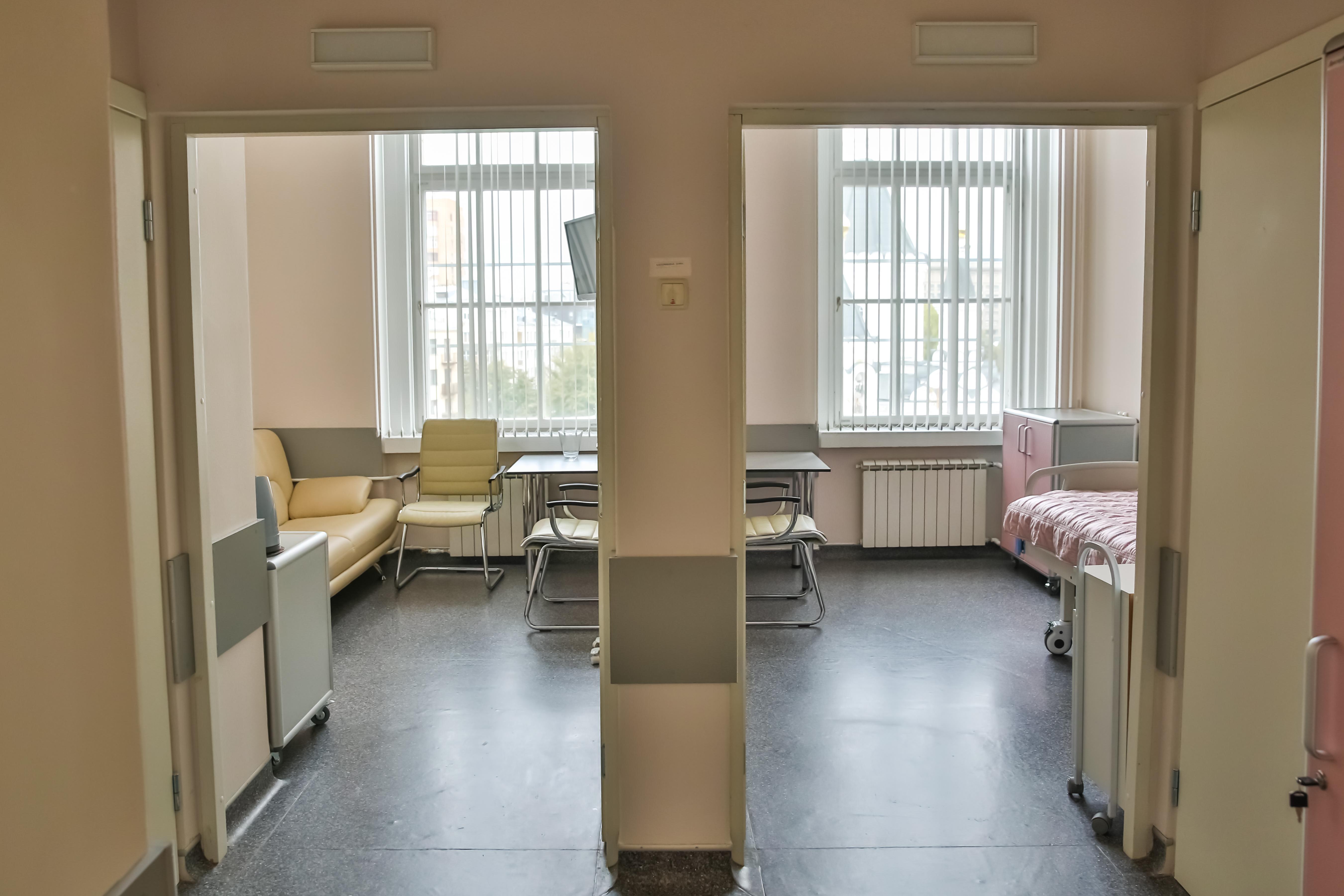 Отделение патологии 2-х комнатная дородовая палата