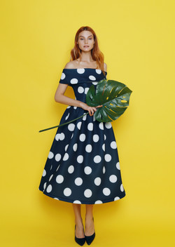Дизайнерское платье из неопрена
