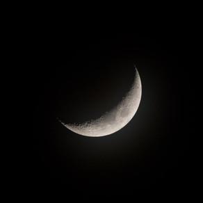 Waxing Moon Manifest