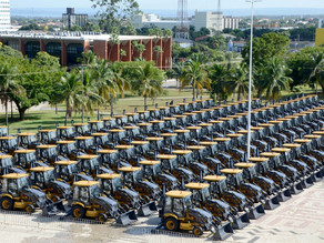 Damaso participa da entrega de 231 máquinas pesadas; investimento de bancada é superior a R$ 60,5 mi