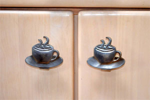 Coffee shop knobs