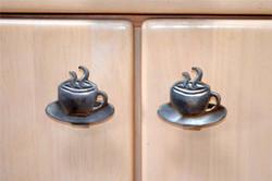 Coffee shop knobs