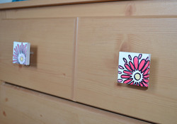 Painted canvas knobs