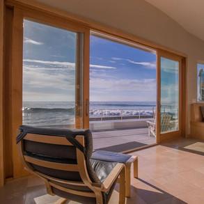 15-the-faria-beach-house.jpg