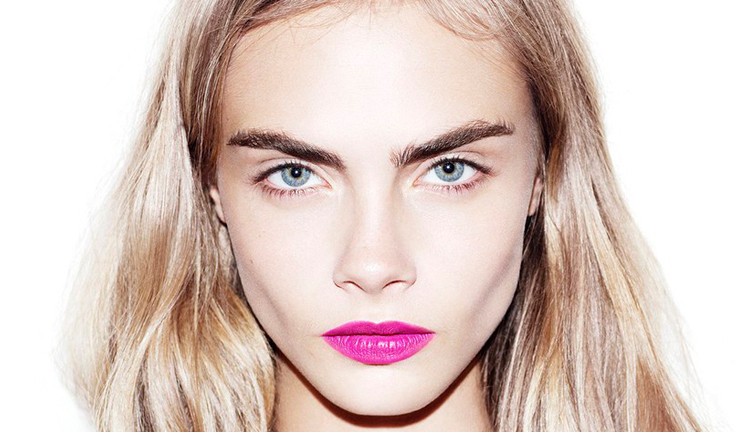 cara-delevingne-eyebrows-dolce-and-gabbana-ss13.jpg