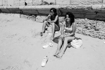 Girls on the Beach-6274.jpg