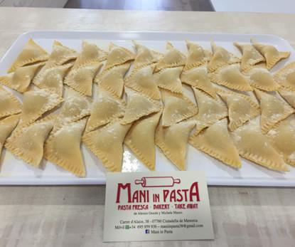 Pasta Fresca ravioli.JPG