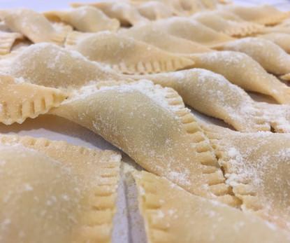 Pasta Fresca ravioli2.JPG