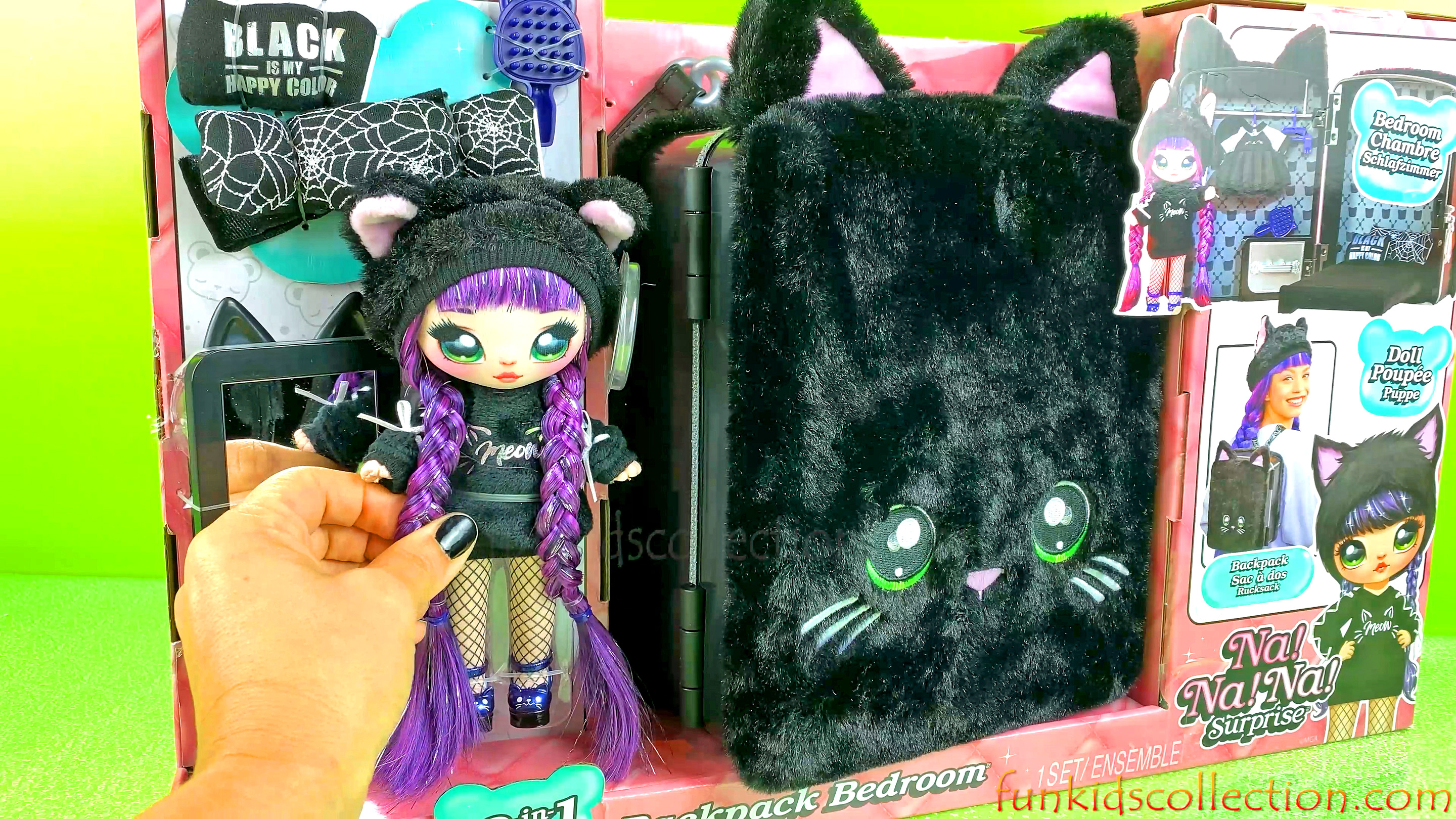 Na Na Na Surprise Doll Black is my Happy Color | Na Na Na Surprise Doll Backpack Bedroom Black